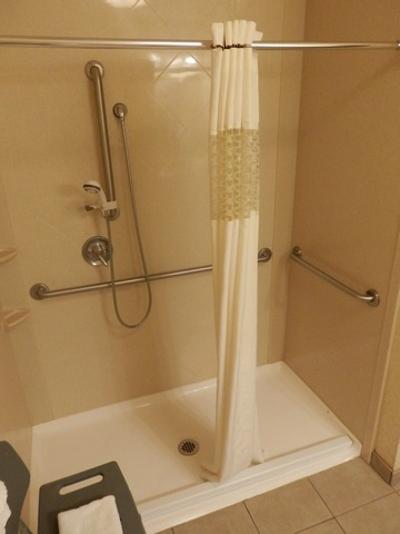 Hampton Inn, Norco; roll-in shower, wheelchair accessible