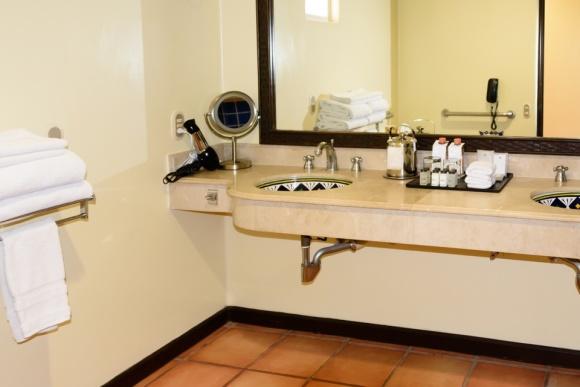 Cabo San Lucas | Baja Mexico | Christmas | Resort | Hacienda Del Mar | Sheraton Grand Los Cabos | wheelchair accessible | bathroom