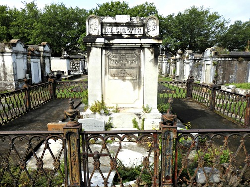 Lafayette Cemetery, New Orleans, Garden District, aboveground, burial, stone crypts mausoleums, tombs, historic, preservation, wrought-iron fence, Save Our Cemeteries, City of the Dead, ©2015 ImagesByRJM