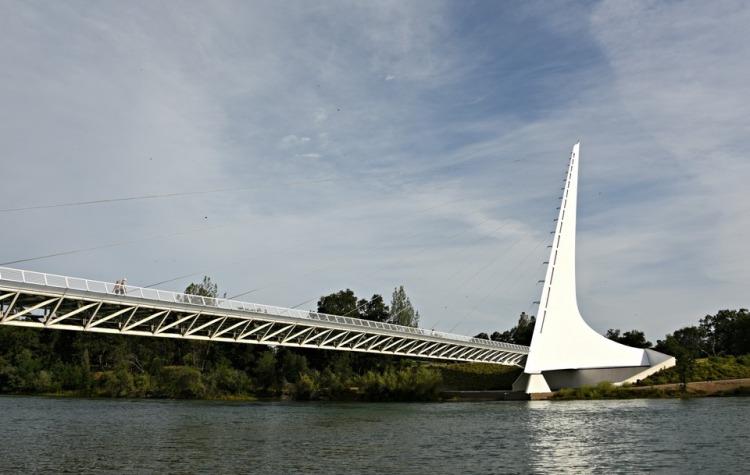 Bridge | Sundial Bridge | Santiago Calatrava | Redding, California | Northern California | Turtle Bay Exploration Park | Sacramento River | accessible | sundial