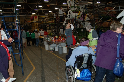 Inspiring Stories, Rose Parade, wheelchair accessible, decorating