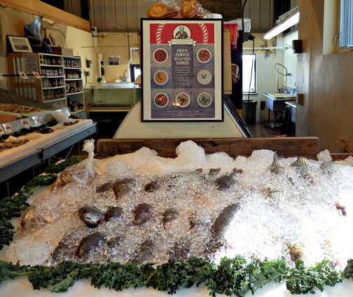 Moss Landing, Monterey County, California, Northern California, Phil's Fish Market and Eatery, fish market, fresh fish, wheelchair accessible, Images by RJM