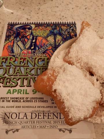 Cafe du Monde, French Quarters, New Orleans, ©2015 ImagesByRJM